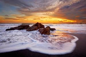 poneloya beach, nicaragua, pacific ocean, sunset, stormy