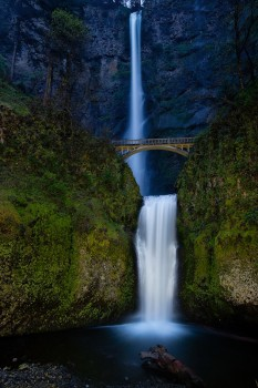 multnomah falls, oregon, columbia river gorge